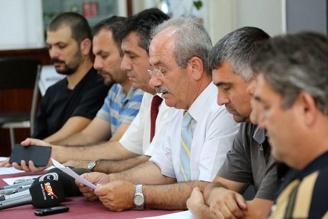 Sekiz örgüt, anayasayı da değişiklikleri de reddettiğini açıkladı